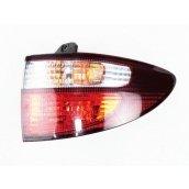ACR30 Tarago RH Tail Light (AUST TYPE) 81551-8301