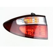 ACR30 Tarago LH Tail Light (AUST TYPE) 81561-8301